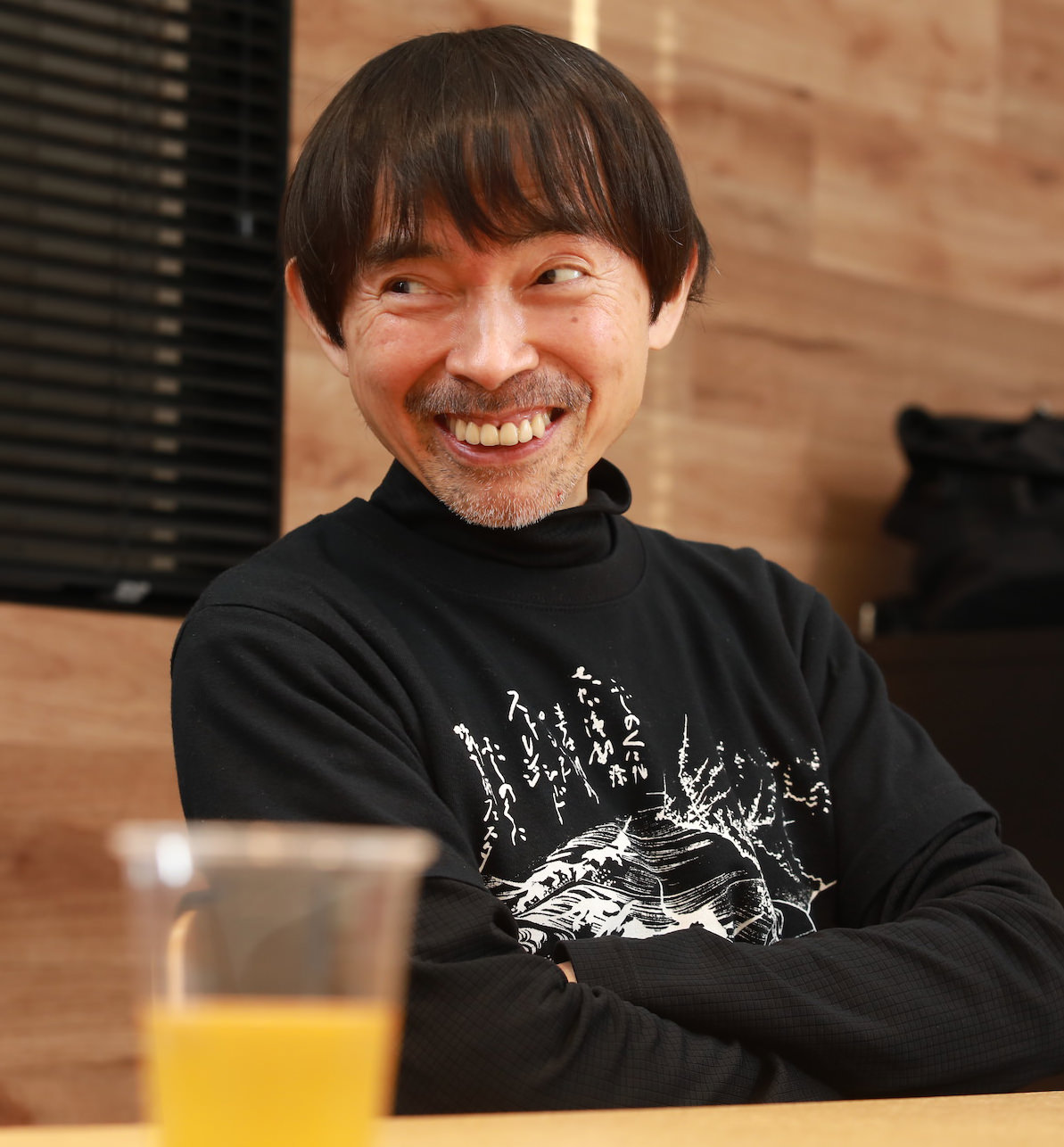 みやぎ・さとし 1959年東京生まれ。演出家、SPAC-静岡県舞台芸術センター芸術総監督。90年ク・ナウカ旗揚げ。国際的な公演活動を展開し、国内外から高い評価を得る。2007年4月SPAC芸術総監督に就任。自作の上演、世界各地からの作品招聘、アウトリーチと人材育成を並行させ、「世界を見る窓」としての劇場運営を行っている。17年、アジアの演出家として初めてアヴィニヨン演劇祭のオープニングに選ばれ、法王庁中庭で『アンティゴネ』を上演した。